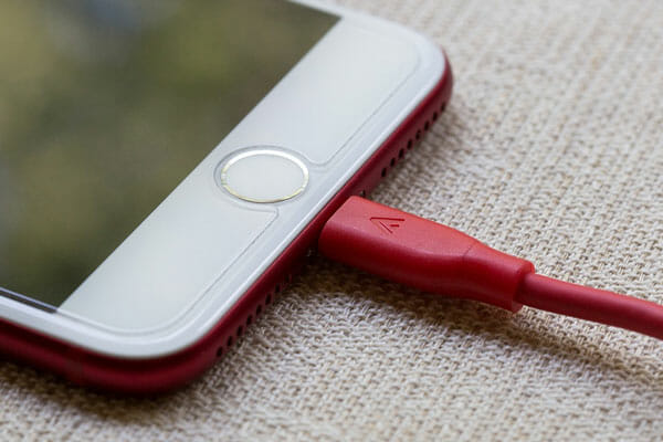 Why Is iPhone, iPad, iPod Touch Not Charging And How To Solve