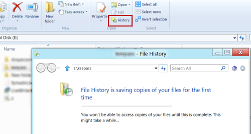 Activate file history in Windows 8 for the first time